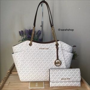 🌼Michael Kors Set